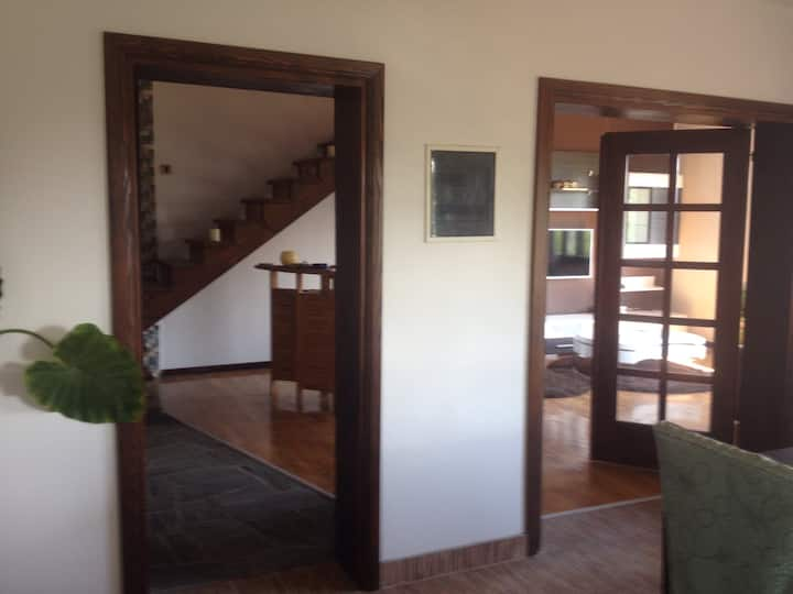 NICE & CALM apartment close to Airport and Center