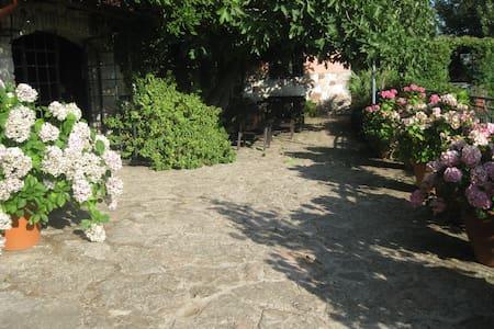 country house Al Poggetto(Sicily) - Santa Cristina Gela. Palermo