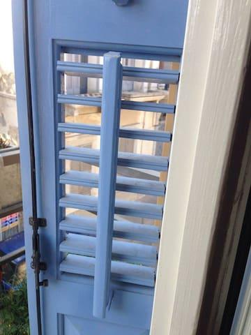 louvred persian windows