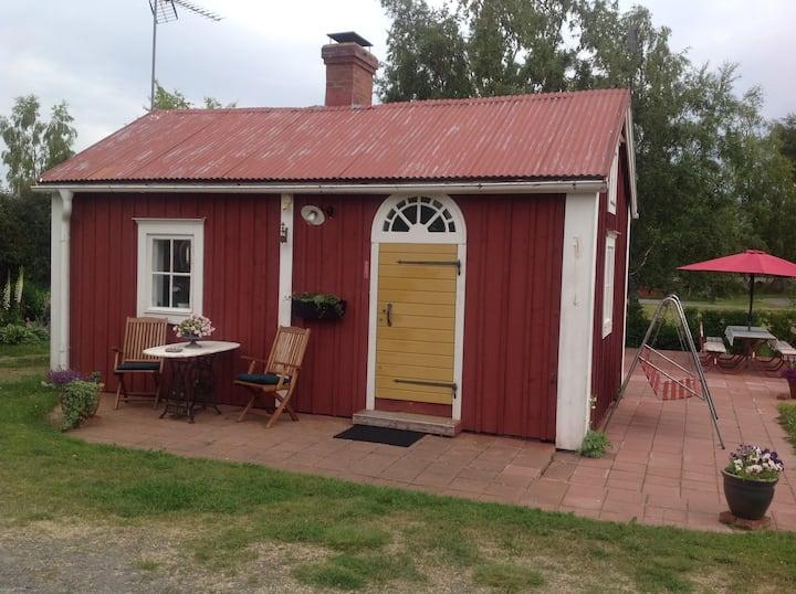 Picturesque cabin in the Finnish Archipelago