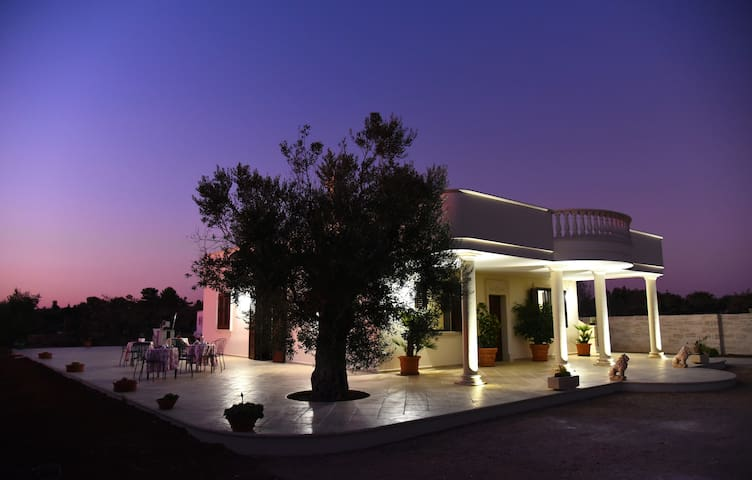 VILLA VIRGINIA GALLIPOLI TRE CAMERE B&B