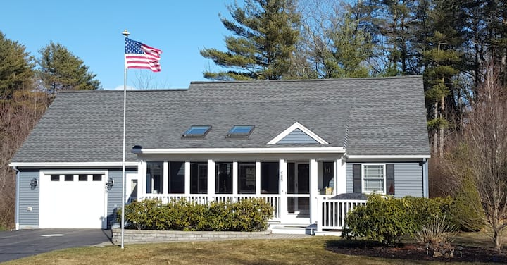 Charming Portsmouth NH  home Close to town & beach