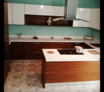 Bedroom in the heart of Malta close to sea (1) - อิล-กิซิรา - อพาร์ทเมนท์