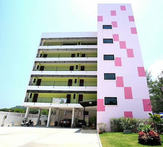 family-friendly apt mins to airport - Phuket - Departamento