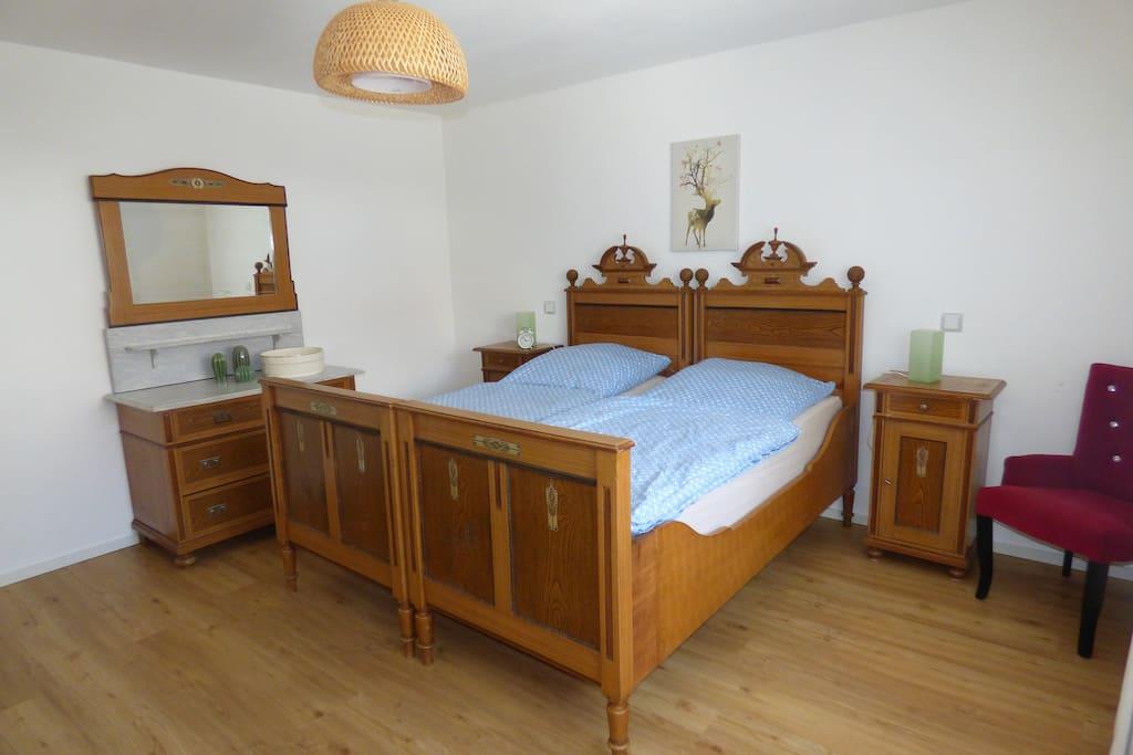Die nostalgischen Betten messen 80x200cm