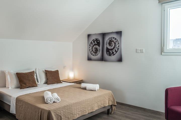Silver Apartment - Loft