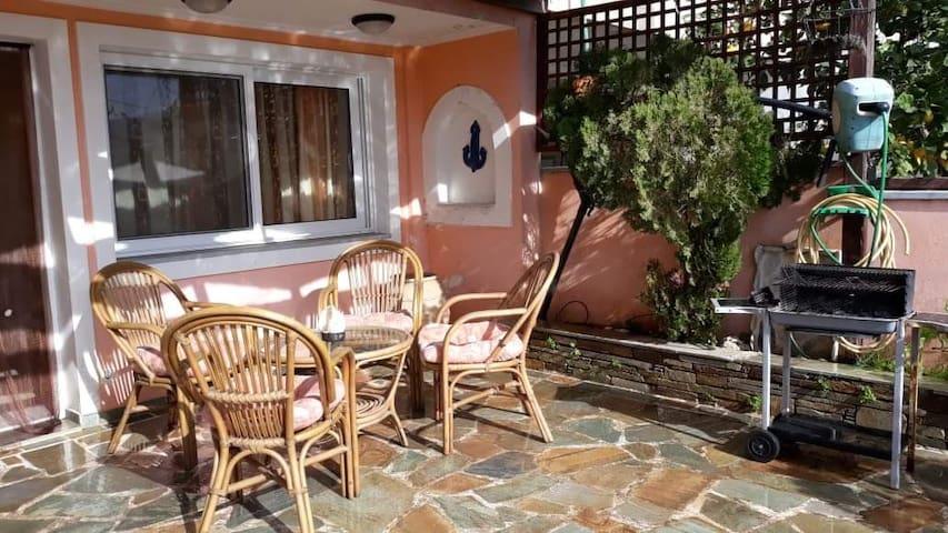 Marmari vacation flat