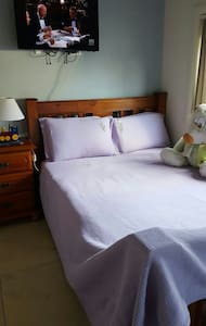 Private Middle Room $50 - Liverpool