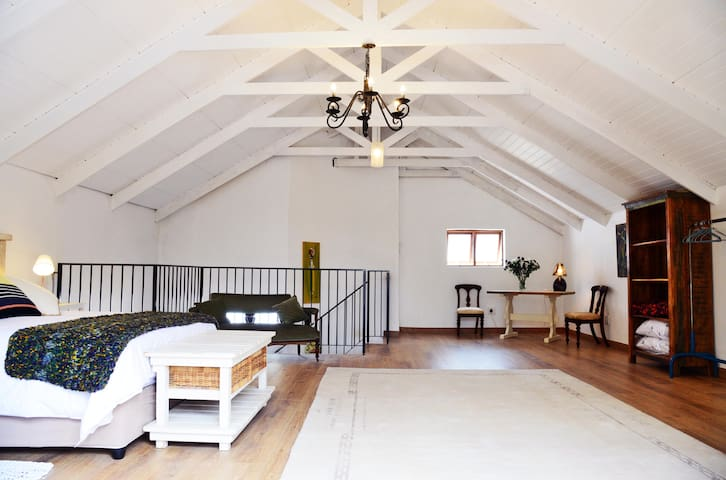 The Olive Grove Cottage - Johannesburg - Guesthouse