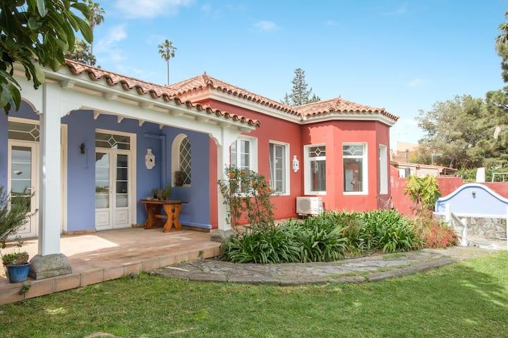 Spacious Villa Jardín Escondido with Mountain View, Wi-Fi, Terrace & Garden; Parking Available