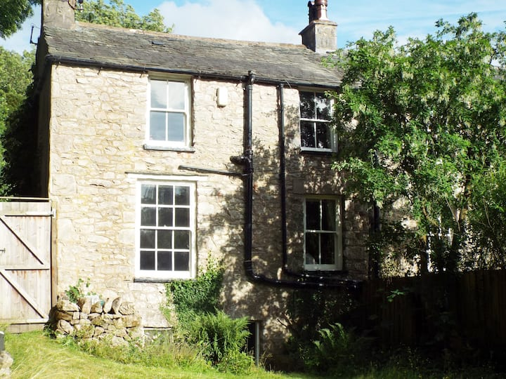 Lakeside Cottage, Silverdale, Lancashire