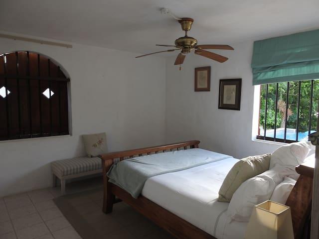 Main Bedroom 1, sea views
