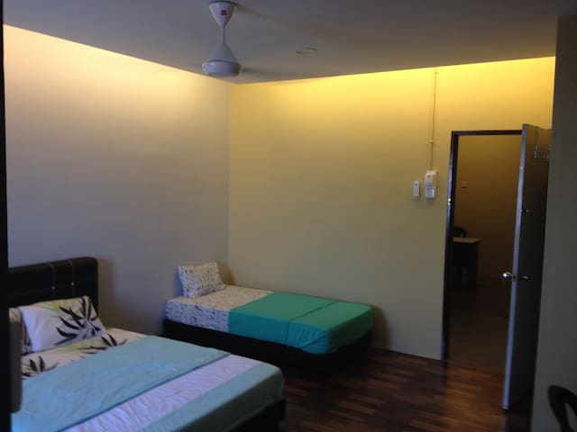 Room for rent,easy n relax - Raub - Pis