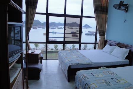 Family run hotel in Cat Ba Island - Ha Long - Bed & Breakfast