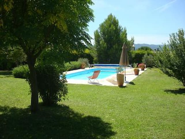 Luberon-Villa 125 m2 avec piscine (6 p) - Lauris - Villa