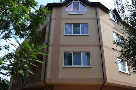 """Apartments """"Tihaya gavan"""" - Kherson"""