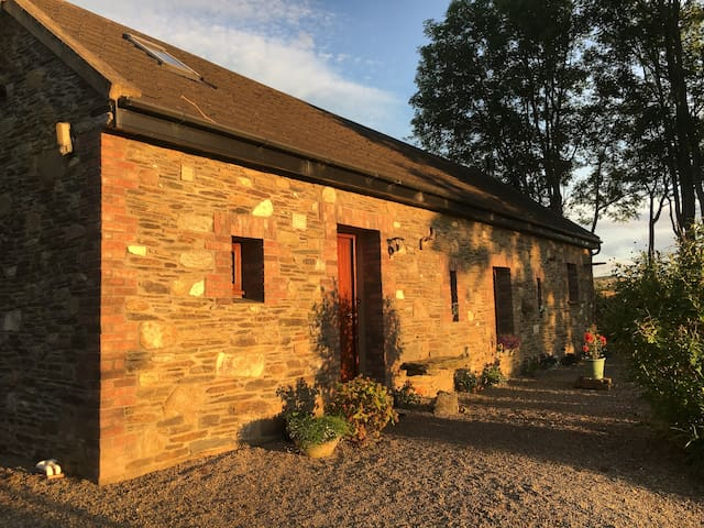Peaceful & picturesque Badgers Cottage