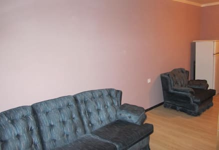 Комната 20м изолированная, Хостел - Saratov - Herberge