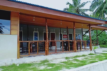 Arthur Homestay Telescope Mentawai-Private Room 1