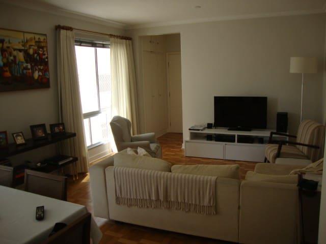 Great location in Itaim Bibi - São Paulo - Apartamento