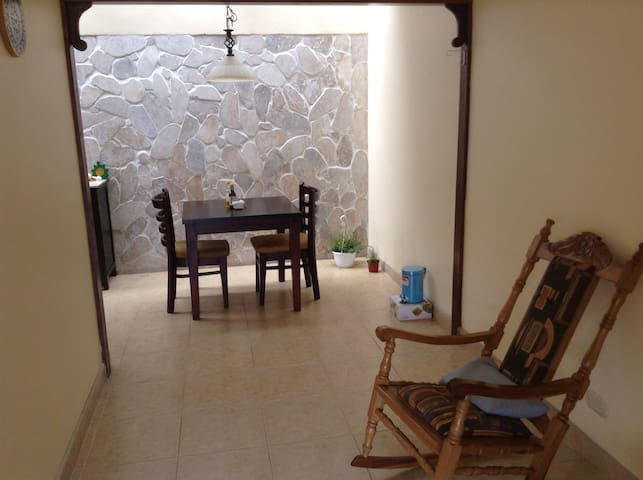 Room in shared Apartment - San Pedro - Appartement