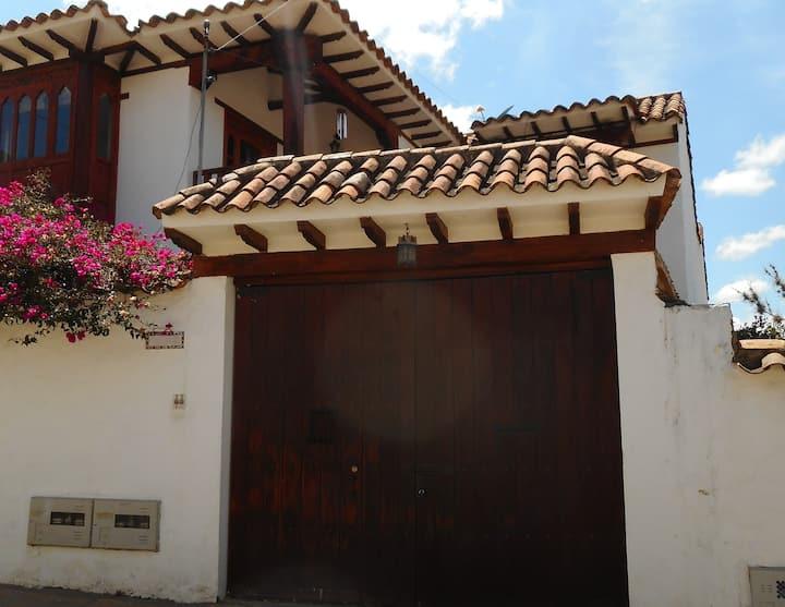 Hortensias - Apto Centro Histórico 2 habitaciones