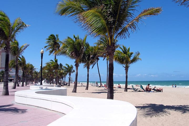 Close to everything in Fort Lauderdale - Fort Lauderdale - Apartamento