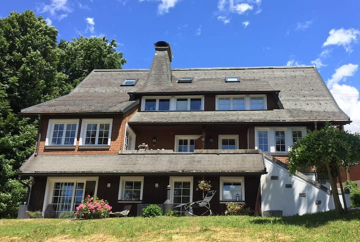 Schwarzwald Landhaus Leonore mit Alpenblick