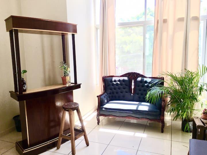 Habitación en zona chapultepec, c/baño privado