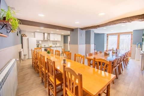 Espaciosa casa rural ideal para grupos en Navarra