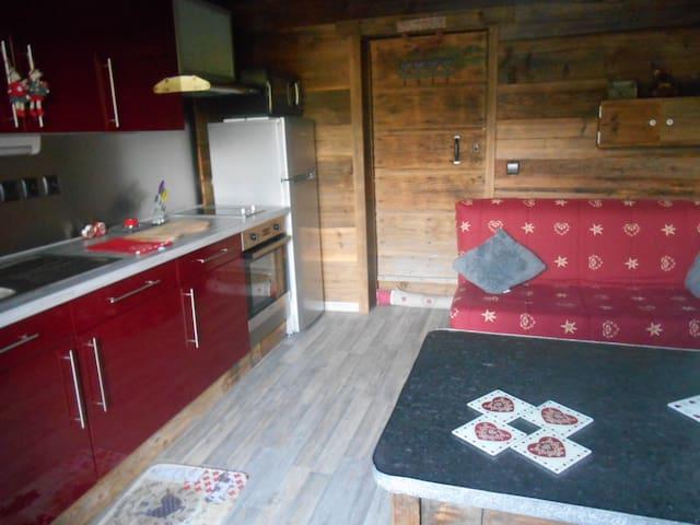 Studio dans un chalet - Bogève - Wohnung