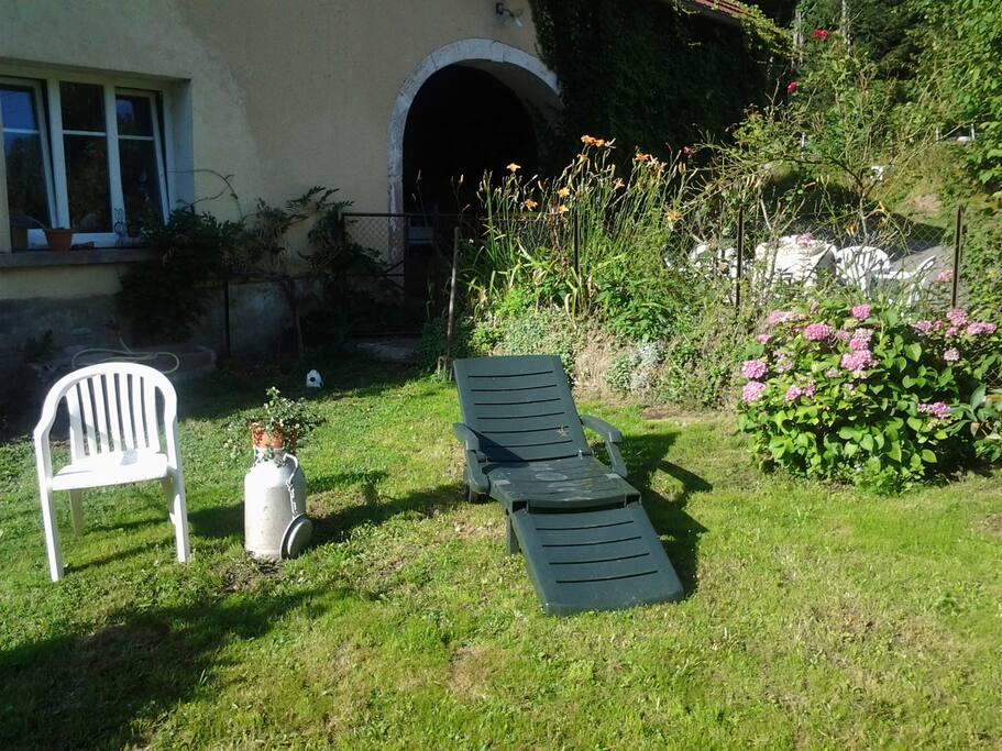 Chambre intimiste au c ur des vosges saonoises maisons for Emploi espace vert bourgogne