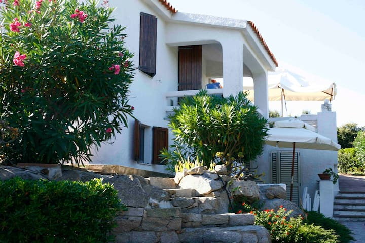 Gallura: Romance Villa by the sea. - Santa Teresa di Gallura - 一軒家
