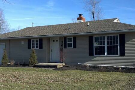 Newly Renovated, Great Neighborhood - Tonawanda - Hus