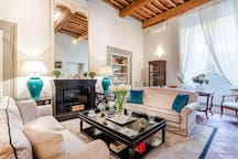 Convenient Spacious Home Inside the Walls of Lucca