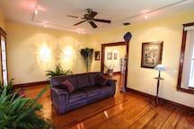 Beautiful, restored Tampa bungalow