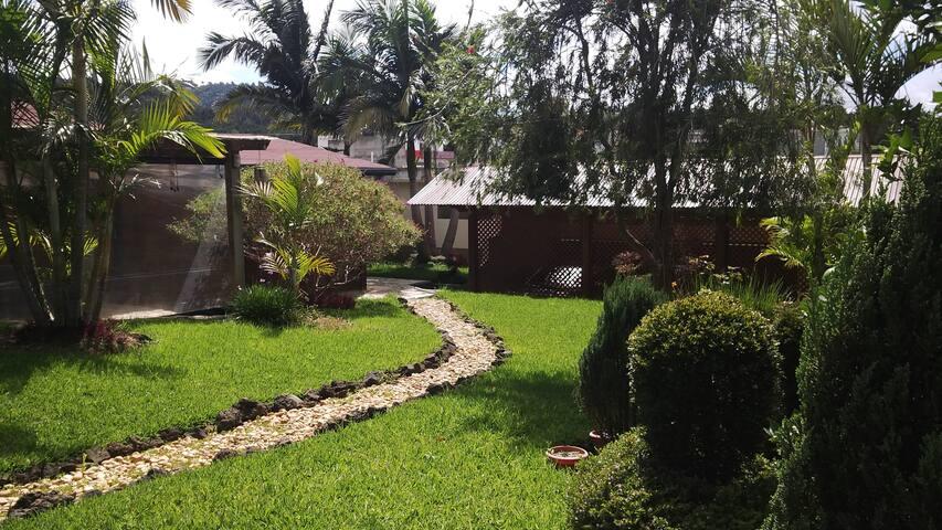 Preciosa y acogedora Cabaña en las afueras de GT - San José Pinula - Houten huisje