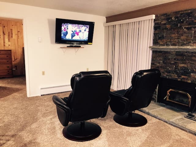New Remodel across from The Village - Mammoth Lakes - Daire
