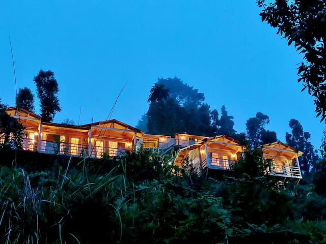 Treehouse Resort, Mukteshwar