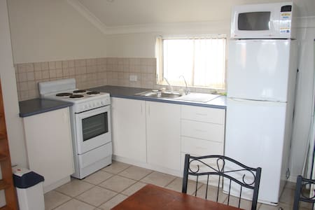 Studio with everything you need! - Joondalup - Apartment - 2