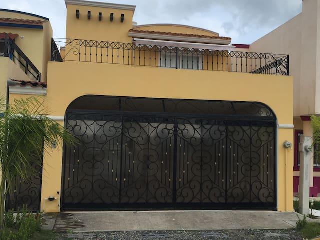 Hermosa casa toda equipada en residencial privado
