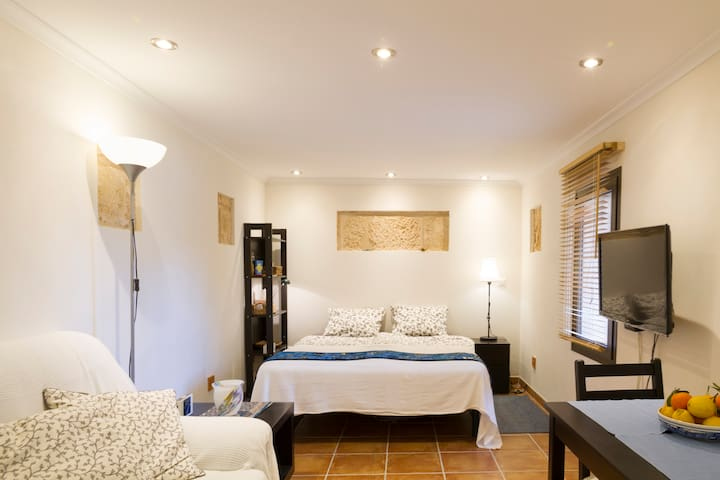 Traditional Mallorcan House - 8 Min. to the beach