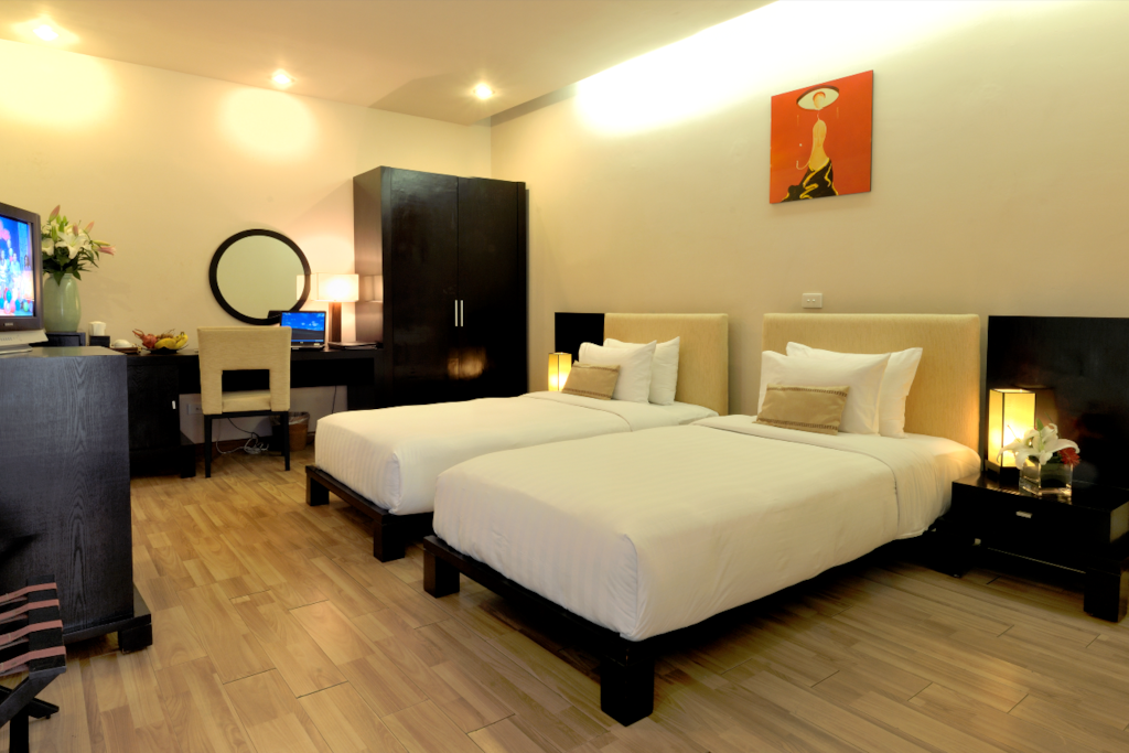 Standard room with 2 single bed