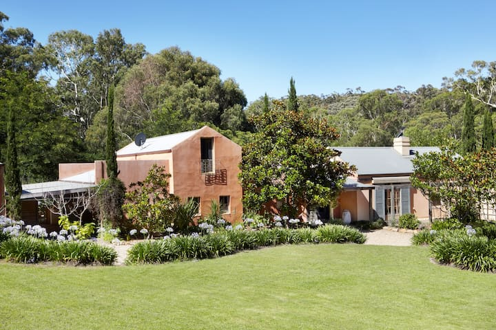 Highlands Tuscan Retreat Homestead - Berrima - House