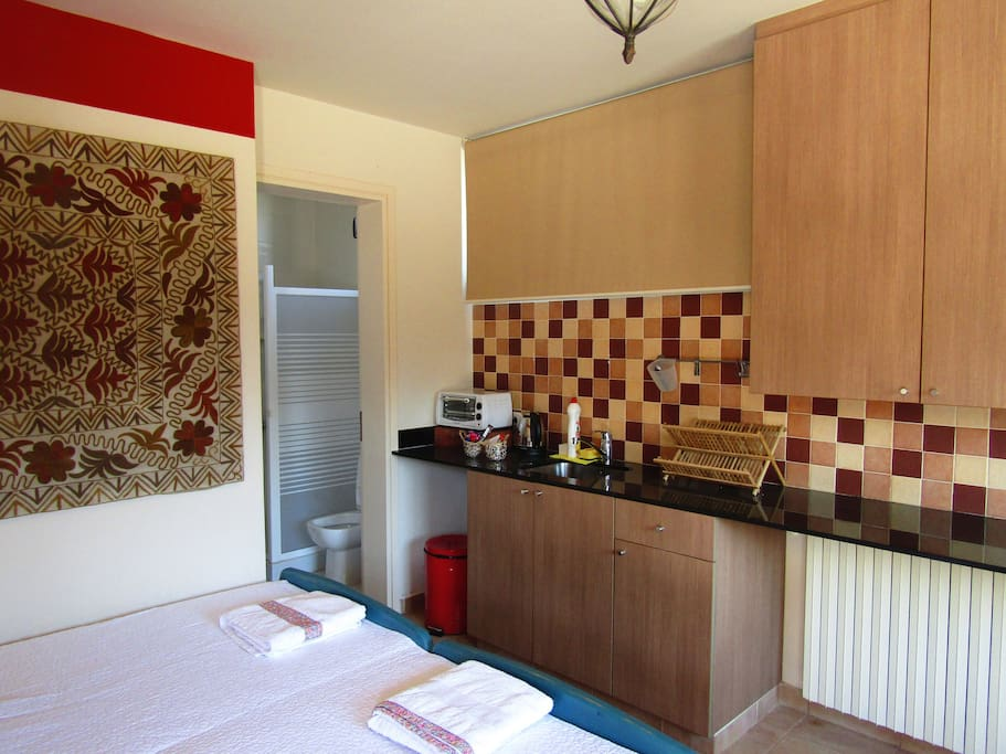 Studio apartment in ain aar case in affitto a beit - Il bagno lebanon ...
