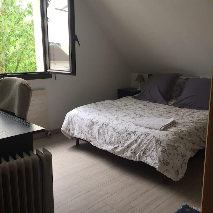 Appartement 3 pièces proche  lycée international