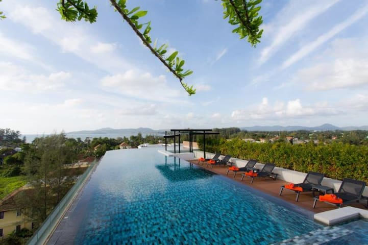 6th Avenue Surin Phuket New Condo two-roomed flat
