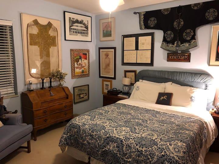 Artsy Antique #3 Private Room Pinecrest