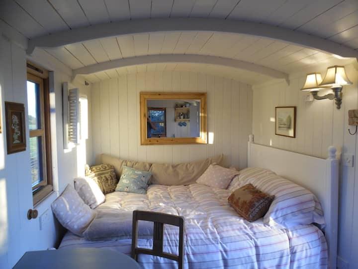 Weatherbury shepherd's hut