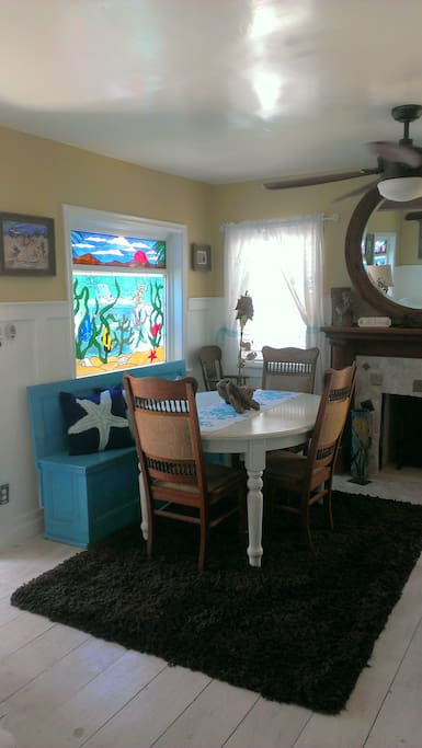 Dining Room Table with leaves can seat 8-10 comfortably… Romantic Fireplace!